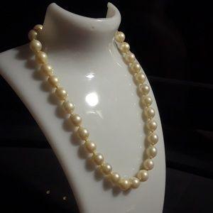 14k Vintage pearls